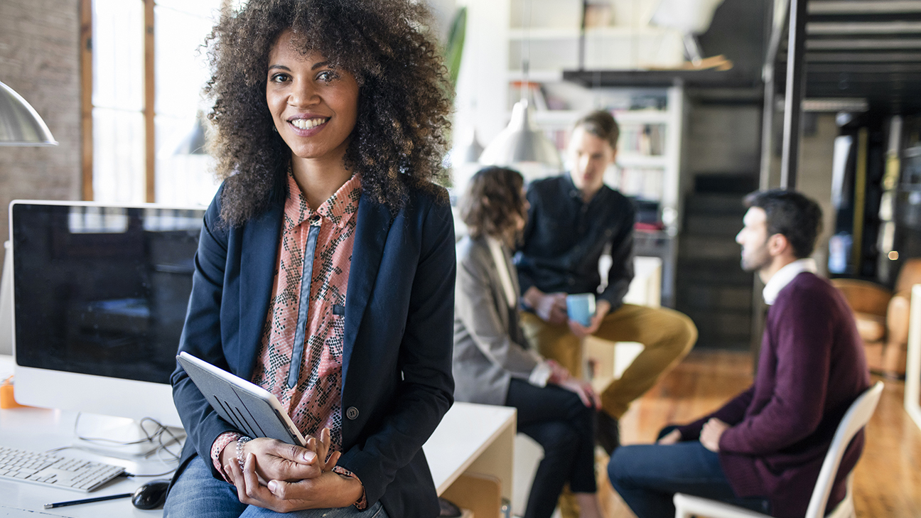 The Leadership Skills That Managers in the Middle Need to Advance