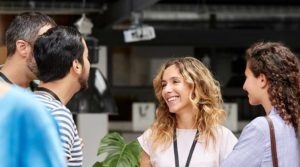 Do You Struggle With Building a Network? 5 Networking Tips for Women
